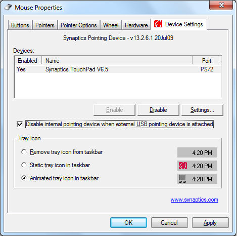 2. Napsauta Device Settings (Laiteasetukset) ylhäällä ja napsauta Disable internal pointing device when external USB pointing device is attached (Ota sisäinen