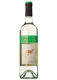 AUSTRALIA AUSTRALIA 1 cl / Plo [YELLOW TAIL] PINOT GRIGIO 2013 Talon viini 0,45 / 28 Casella Wines, South Eastern Australia