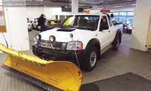 NISSAN NP300 Pick Up 2,5D King Cab 4x4-11 ml:70  NISSAN