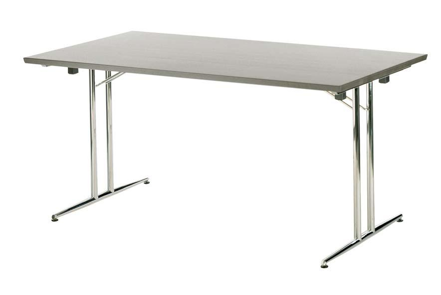 ARENA 700 ARENA 700 is a sturdy table with folding legs. This table is ideal for multipurpose environments that need constant readjustment.