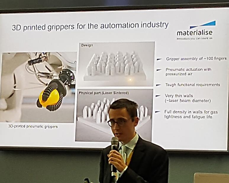 Boost Additive Manufacturing Transformation from an art to manufacturing science Mr Tom Craeghs, Research Team Manager, Software R&D, Materialise NV Materialise NV on vuonna 1990 perustettu 3D